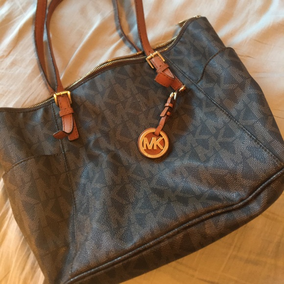 Michael Kors Handbags - Mk handbag